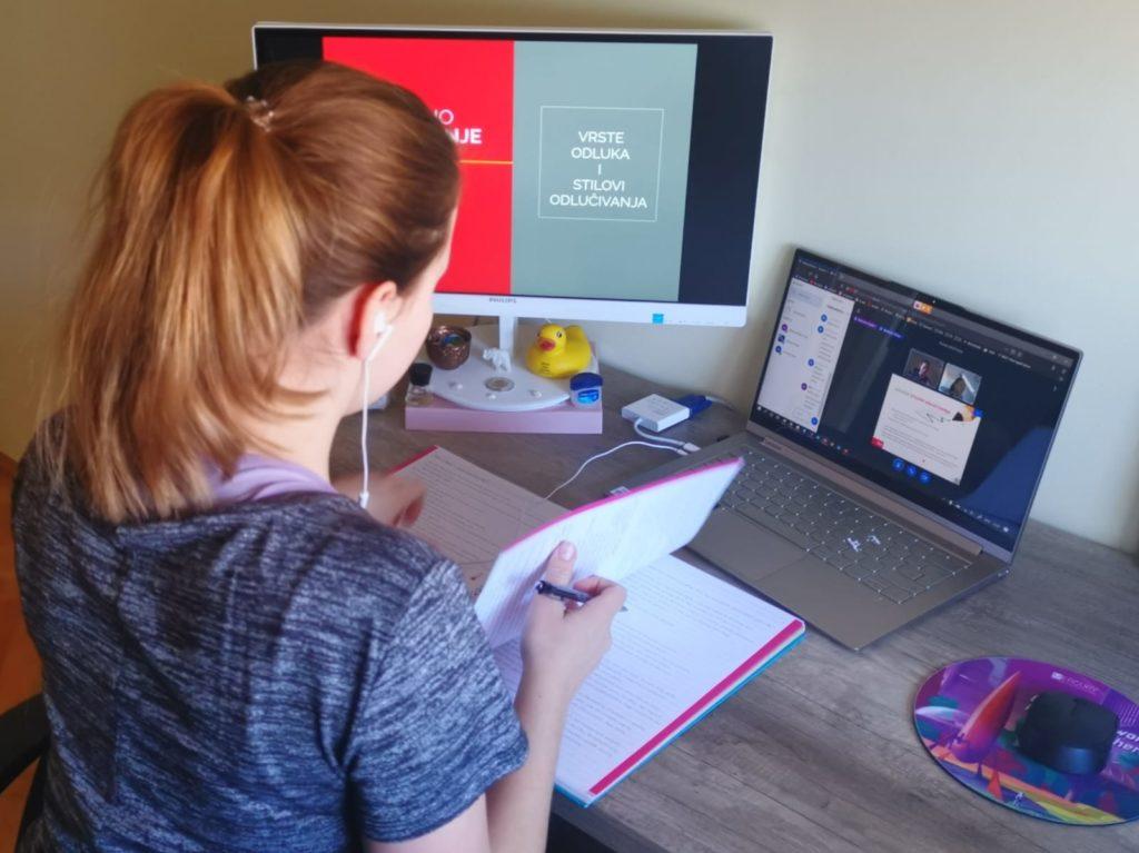 Roditelji zbog online nastave sve više cijene učitelje